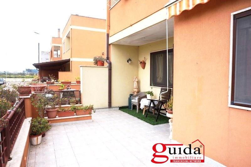 Soluzione Indipendente in affitto a Matino, 6 locali, prezzo € 350 | CambioCasa.it