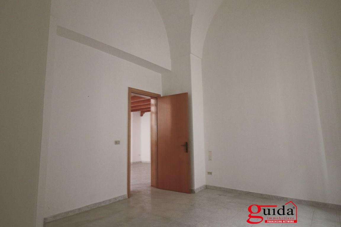 Affitto casa singola in affitto matino abitazione for Piani casa fienile con soppalco