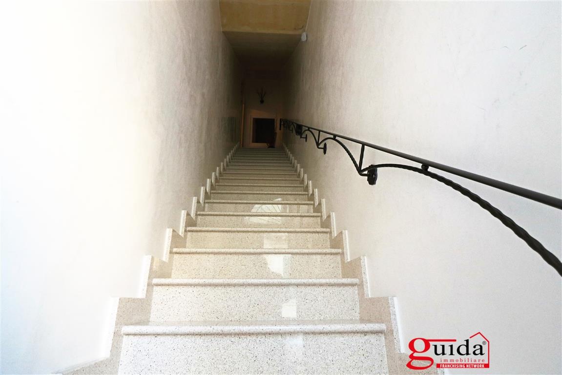 Vendita casa indipendente galatina indipendente su due for Nuove case su due livelli