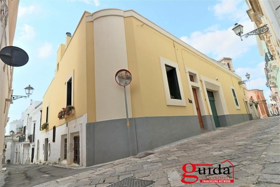Laboratorio in vendita a Parabita, 1 locali, prezzo € 95.000 | CambioCasa.it