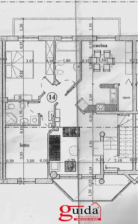 Vendita casa indipendente parabita abitazione al primo for Piani di casa con balcone al secondo piano
