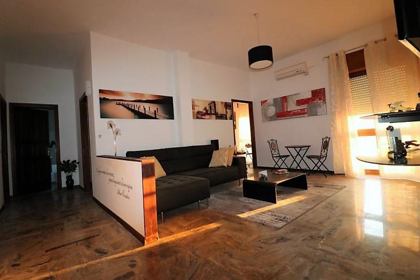 Appartamento in affitto a Casarano, 6 locali, prezzo € 600   CambioCasa.it