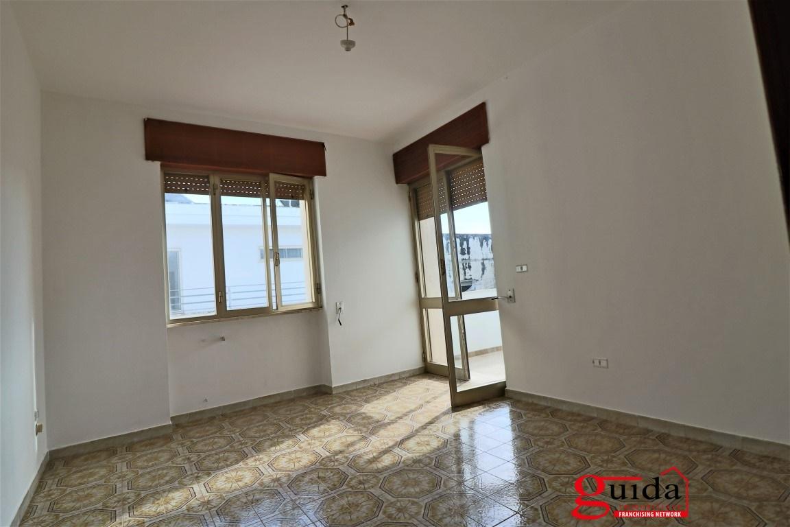 Affitto appartamento in affitto casarano appartamento al for Appartamento in affitto arredato