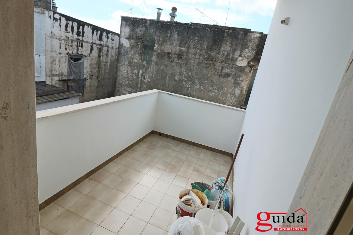 Affitto appartamento in affitto casarano appartamento al for Contratto affitto appartamento arredato