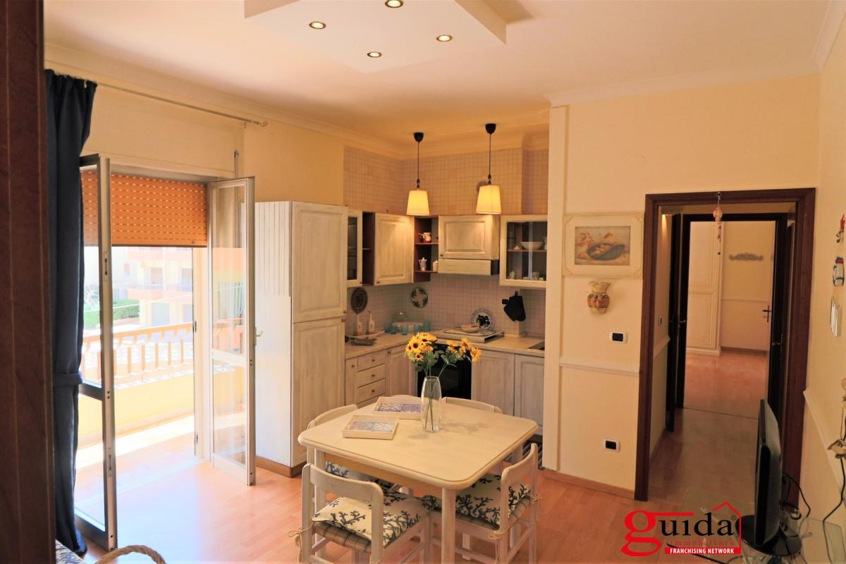 Appartamento in affitto a Gallipoli, 5 locali, prezzo € 400 | CambioCasa.it