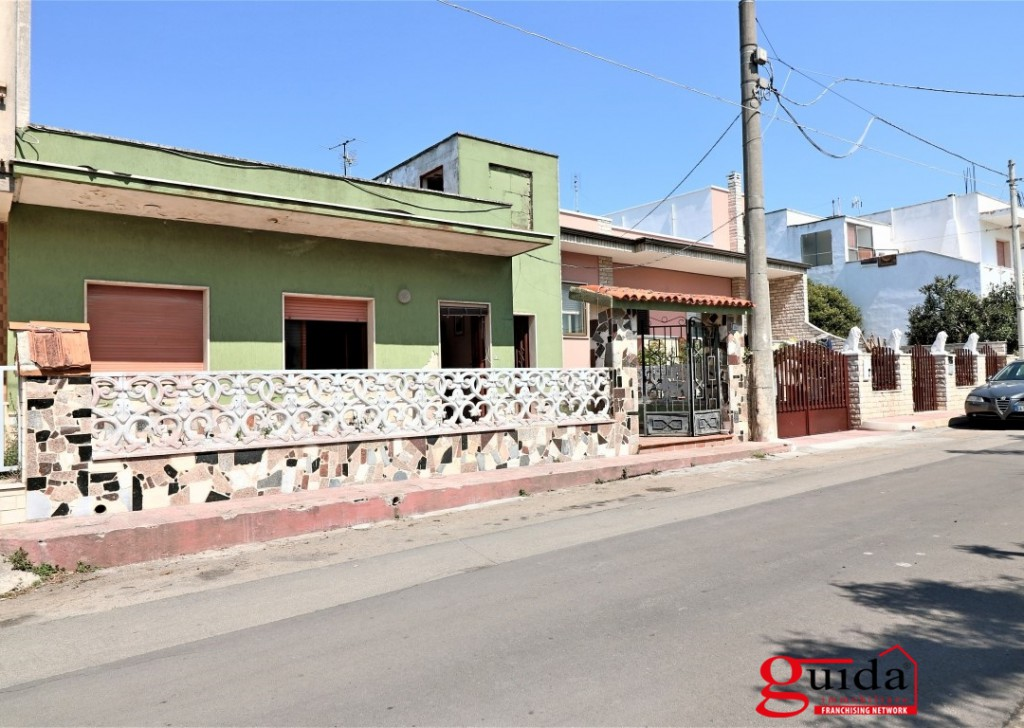 For Sale Detached house Racale - Independent-in-sales-a-Racale-with-terrace-garden-and-building-by-ripe Locality