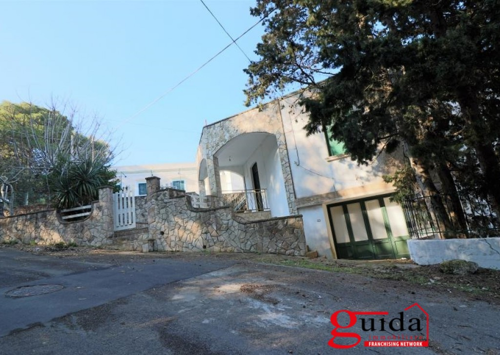 For Sale Seaside Villa  - Independent-sale-in-a-Tricase Porto-with-sea-view-a-few-meters-the-waterfront Locality