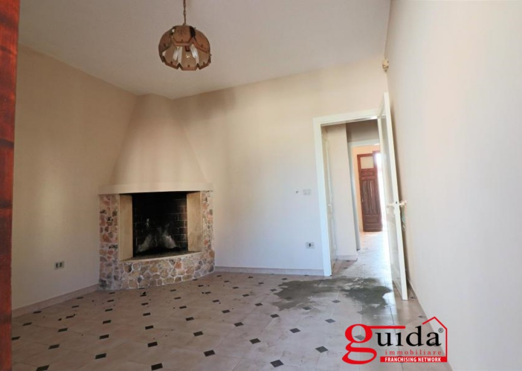 For Sale Terraced house Taviano - Chalet-a-row-in-sales-a-Taviano-in-area-residential-once-living Locality