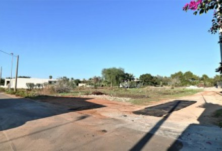 Land -for-sale-200-meters-from-the-sea-in-Torre-Suda-Racale.