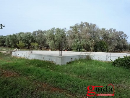 Land for sale with planning permission to build a house in Sannicola a few km from the sea