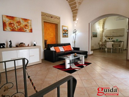 Independent house finely organized in the historical center of Nardo for short periods