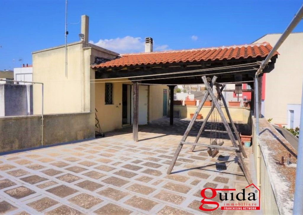 Rent Detached house for rent Matino - Independent ground floor not furnished for rent in Matino with panoramic sea view terrace Locality