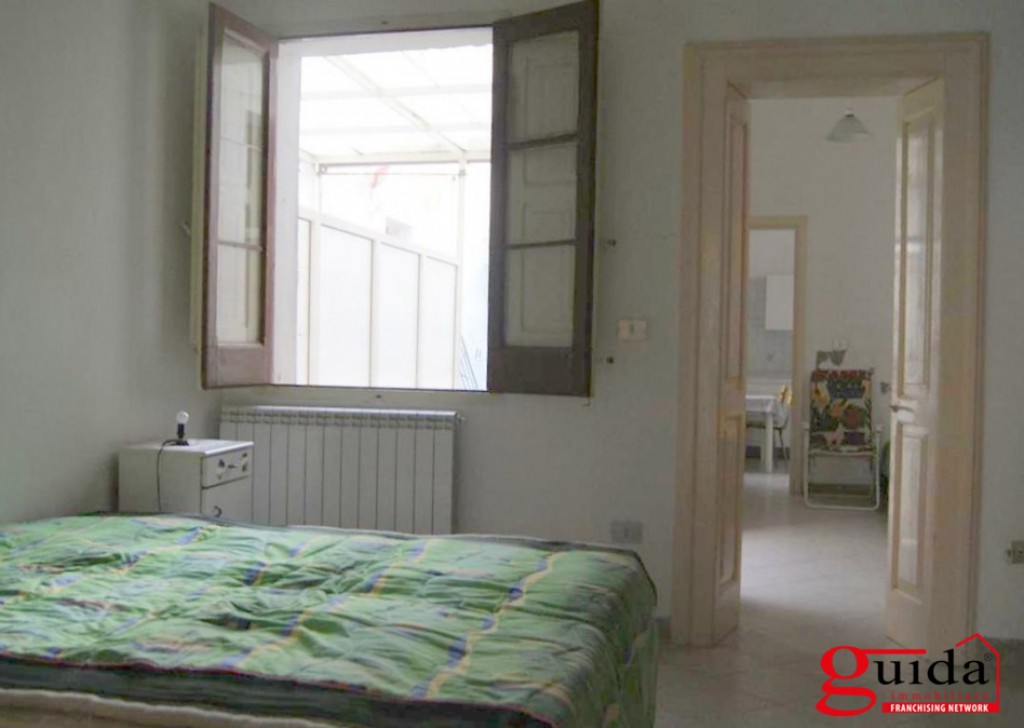 Sale Detached house Lecce -  Independent-sale-in-a-Lecce-with-garden-and-area-solar-Building Locality