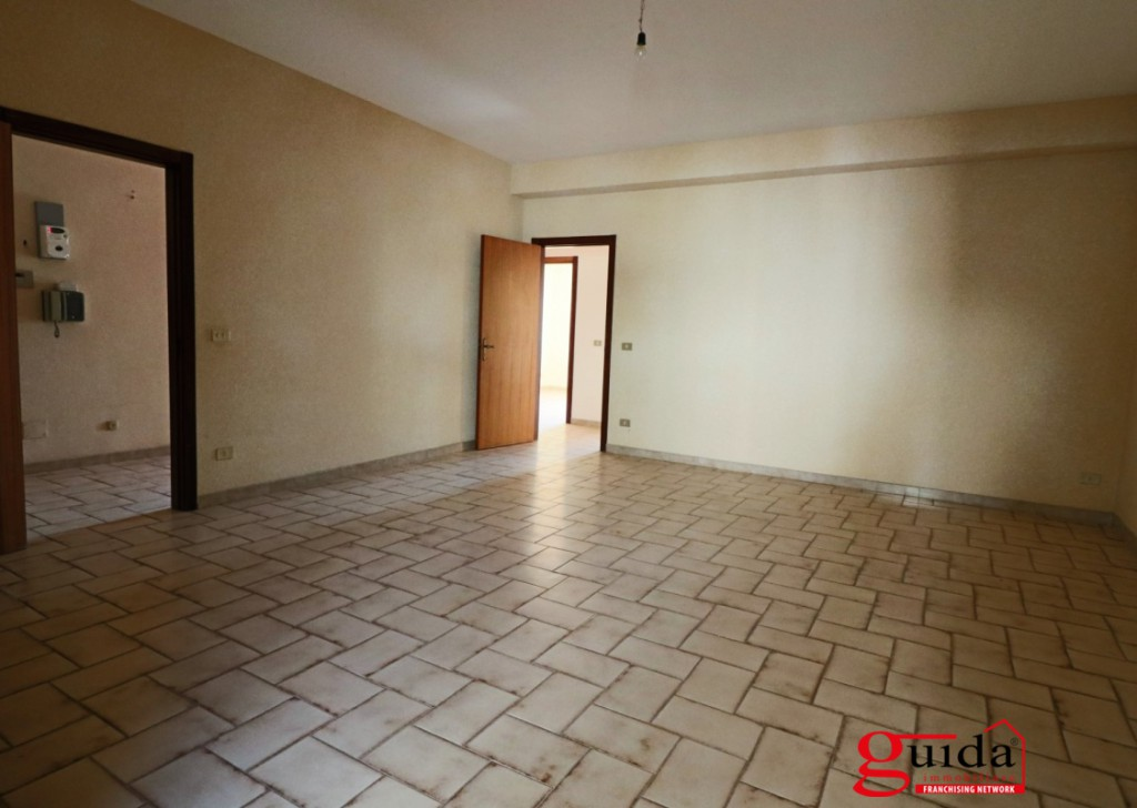 Sale Apartment Parabita - Second floor apartment in a well served in Parabita  Locality