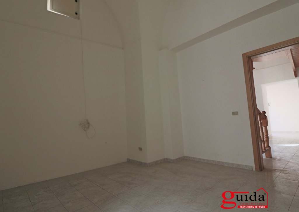 Rent Detached house for rent Matino -  Dwelling-independent-with-loft-to-ground-floor-in-rent-a-Matino Locality