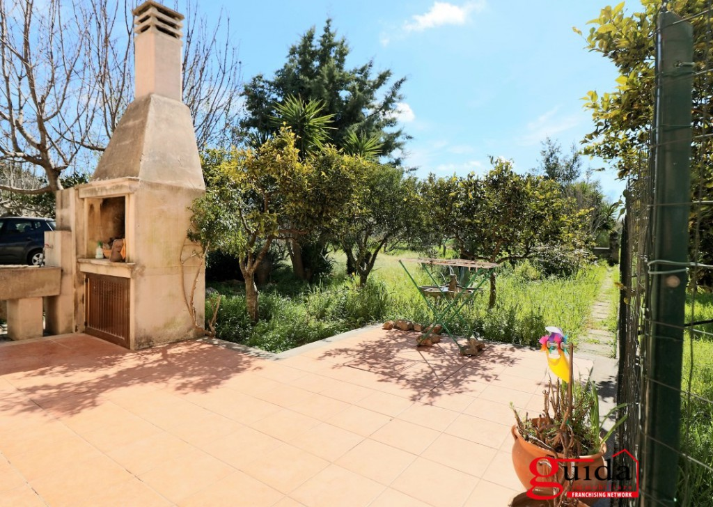Sale Detached house Matino - Baronial House for sale in holiday apartment in two steps from Gallipoli Locality