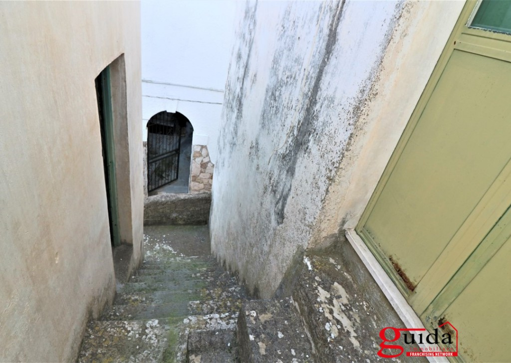 Sale Family house Matino -  Independent-of-more-level-in-sales-a-Matino-in-historical-center-of-renovation Locality