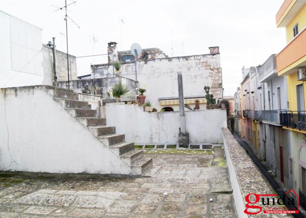 For Sale Detached house Aradeo -  Independent-the-ground-floor-in-sales-to-Aradeo-with-times-a-star-space-outside-terrace Locality