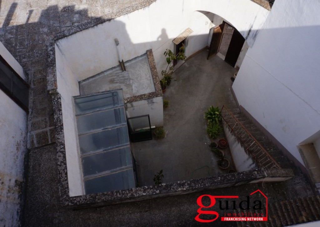 Rent Palace or stable Casarano -  Palazzo-antique-in-rent-a-Casarano-in-center-historical-with-short-and-terrace-panoramic Locality