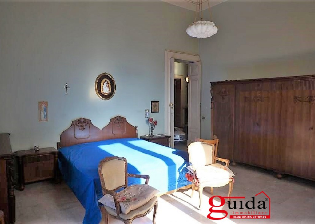 Sale Palace or stable Parabita -  Palazzo-antique-MENT 900'-for-sale-in-Parabita-in-Salento-with-typical-times-frescoed Locality