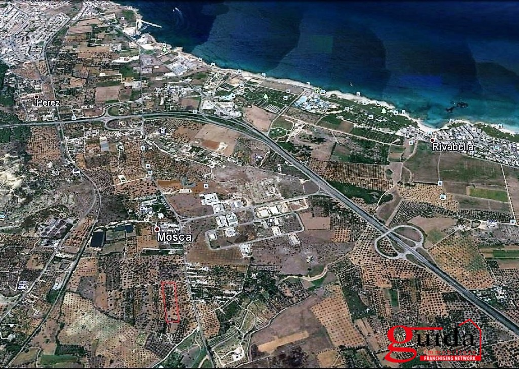 Sale Building land Gallipoli -  Land-building-in-sales-a-Gallipoli-on-road-main-Chiesanuova-Sannicola-a-few-km-by-Sea Locality