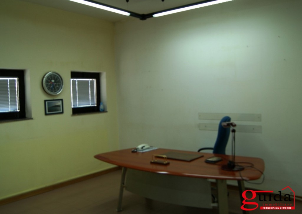 For Rent Office or study Casarano -  Office-in-rent-a-Casarano-in-good-place-and-well-disposed Locality
