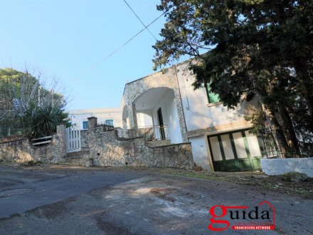 Villa-family house-sale-in-a-Tricase Porto-with-sea-view-a-few-meters-the-waterfront