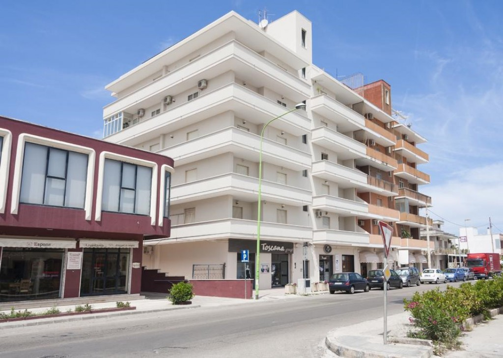 Rent Apartment for rent Taviano - Refurbished penthouse in Taviano centrally located  Locality