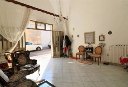 Independent with outdoor space for sale in Castrì di Lecce Salento in 5 minutes from Lecce and the Adriatic coast