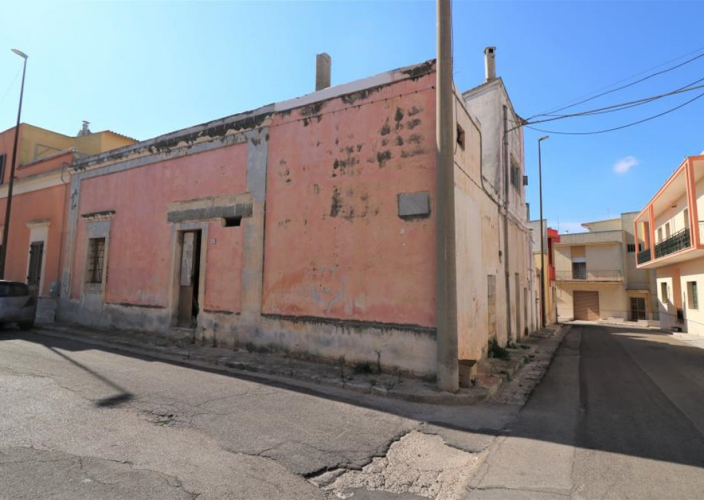 Sale Detached house Casarano - Independent star vaults to be refurbished for sale in Casarano Locality